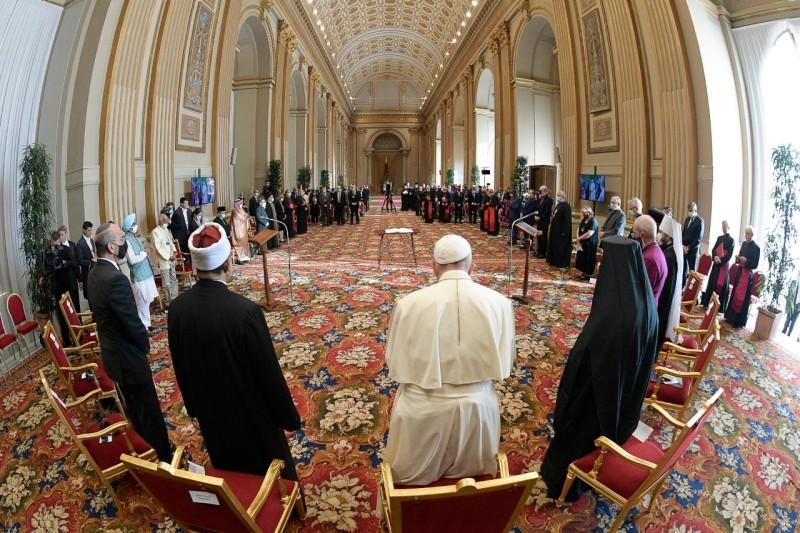 El Papa y los líderes religiosos