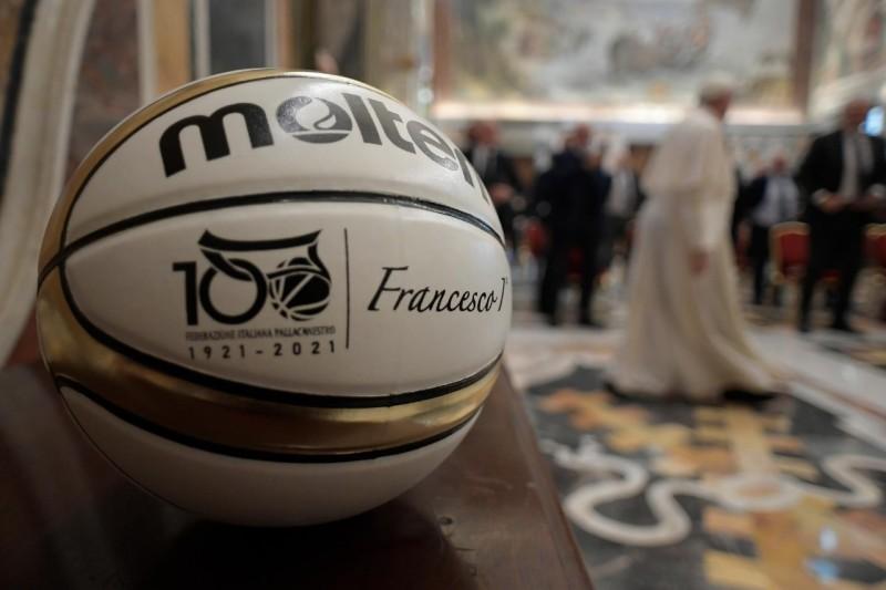 Francisco, en la audiencia a la Federación de Baloncesto italiana