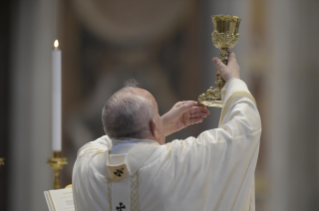 26-Holy Mass on the Solemnity of the Most Holy Body and Blood of Christ