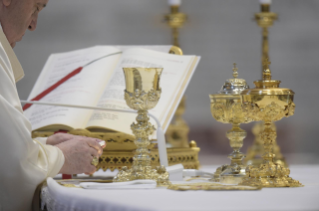 34-Holy Mass on the Solemnity of the Most Holy Body and Blood of Christ
