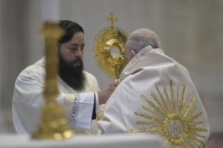 42-Holy Mass on the Solemnity of the Most Holy Body and Blood of Christ