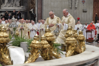 10-Holy Thursday - Holy Chrism Mass