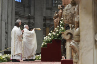 5-V Sunday of Easter - Holy Mass with Priestly Ordinations