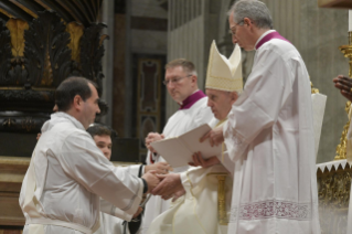 15-V Sunday of Easter - Holy Mass with Priestly Ordinations