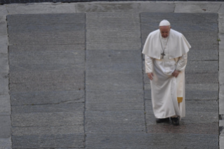 "2-Moment of prayer and ""Urbi et Orbi"" Blessing presided over by Pope Francis"