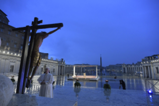 "15-Moment of prayer and ""Urbi et Orbi"" Blessing presided over by Pope Francis"