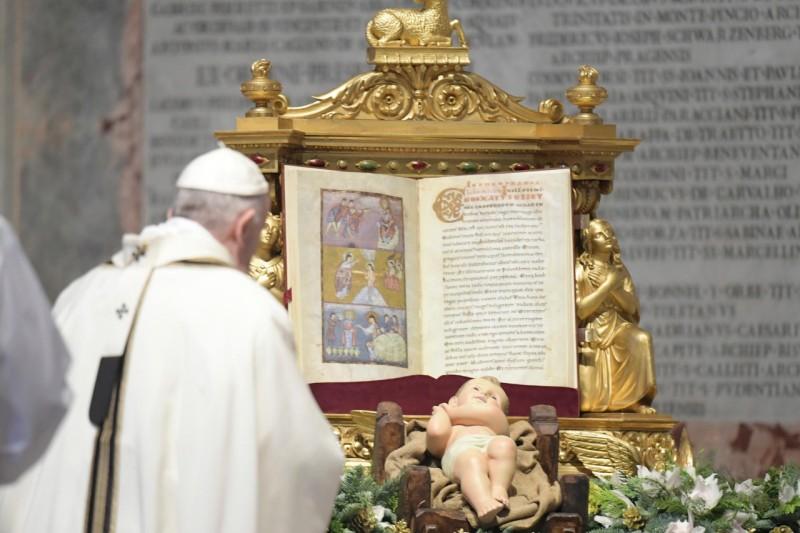 El Niño Jesús y el Papa
