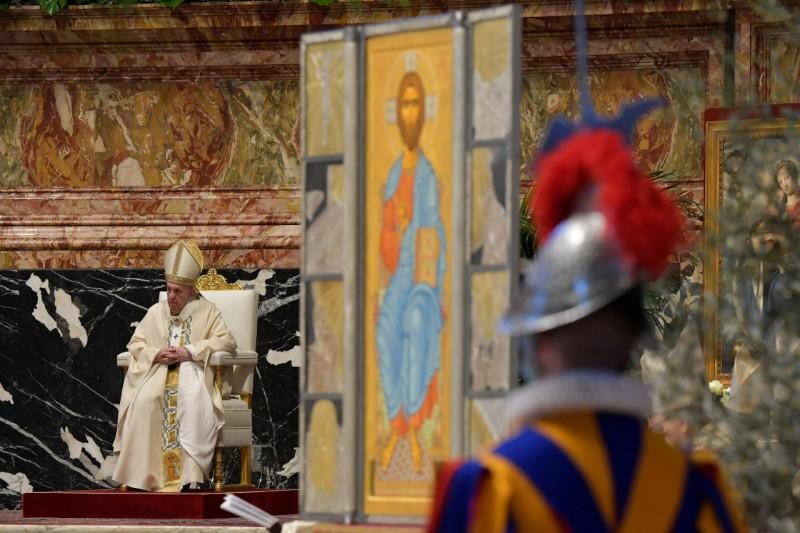 El Papa y el icono de Pascua