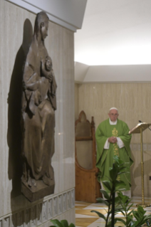 1-Morning Meditation by Pope Francis in the Chapel of the Domus Sanctae Marthae: <i>Ordained Ministry is a gift not a function</i>