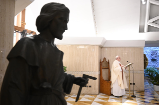 "1-Holy Mass presided over by Pope Francis at the Casa Santa Marta in the Vatican: ""Learning to live in moments of crisis"""