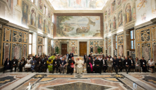 1-Meeting with participants in the International Symposium on the Pastoral Care of the Street, organized by the Pontifical Council for the Pastoral Care of Migrants and Itinerant People