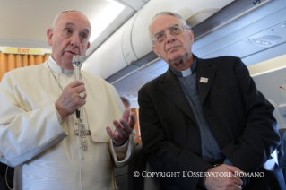 0-Words of the Holy Father on the flight to Lesvos