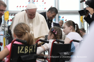 7-Apostolic Journey to Poland: Visit to the Children's University Hospital (UCH)