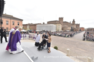 11-Pastoral Visit: Holy Mass in Piazza Martiri