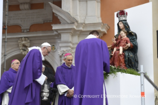 10-Pastoral Visit: Holy Mass in Piazza Martiri