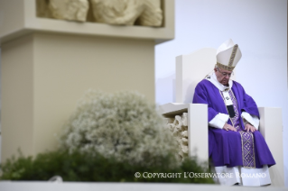 4-Pastoral Visit: Holy Mass in Piazza Martiri
