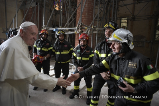 9-Pastoral Visit: Meeting with the people affected by the earthquake in Piazza Duomo
