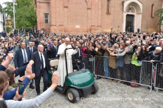 0-Pastoral Visit to Bologna: Encounter with students and representatives of the Academic world