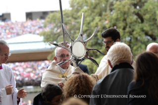 4-Pilgrimage to Fátima: Greeting of the Holy Father to the sick