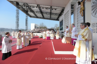 10-Pastoral Visit: Holy Mass at Monza Park