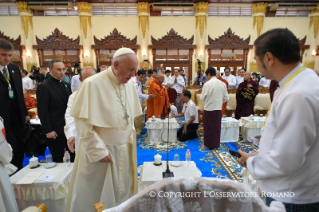 9-Apostolic Journey to Myanmar: Meeting with the Supreme