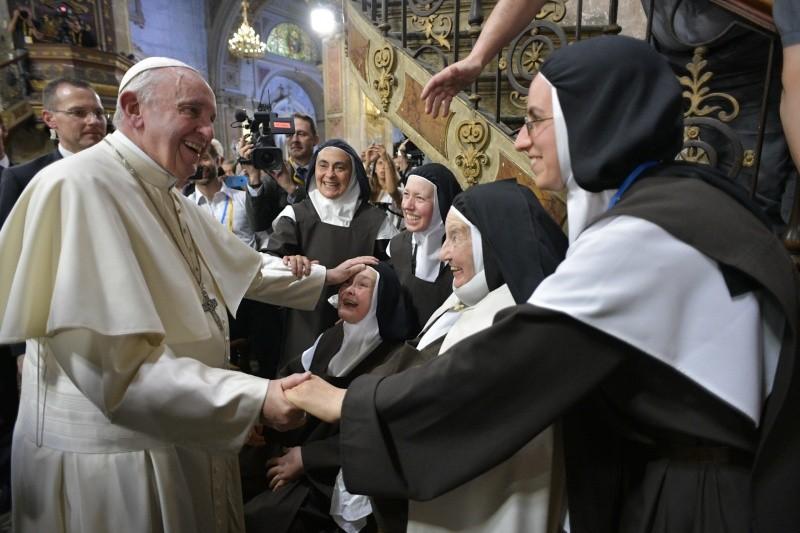 """Resultado de imagen para el papa francisco a los consagrados"""""""