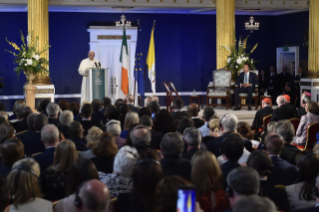2-Apostolic Visit to Ireland: Meeting with Authorities, Civil Society and Diplomatic Corps