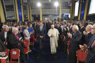 8-Apostolic Visit to Ireland: Meeting with Authorities, Civil Society and Diplomatic Corps