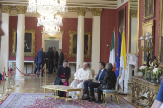 13-Apostolic Visit to Ireland: Meeting with Authorities, Civil Society and Diplomatic Corps
