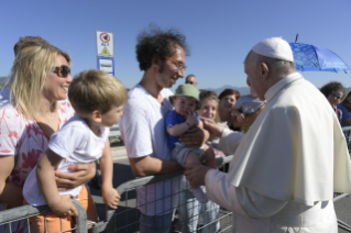 1-Visit of the Holy Father to the earthquake-affected areas of the diocese of Camerino-San Severino Marche