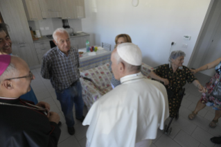 14-Visit of the Holy Father to the earthquake-affected areas of the diocese of Camerino-San Severino Marche