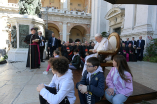 5-Visit to Loreto: Meeting with the faithful