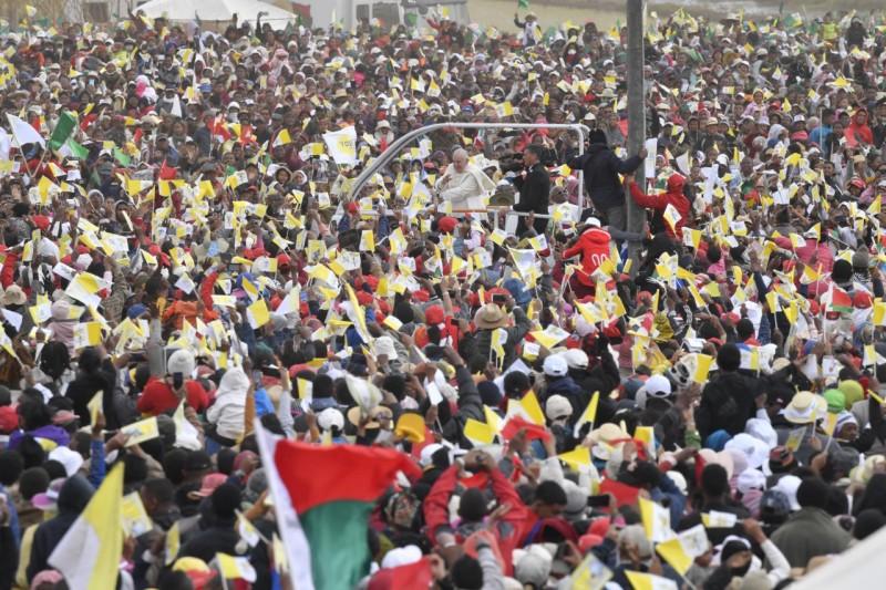 Francisco, entre la multitud