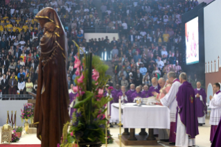 22-Apostolic Journey to Morocco: Holy Mass