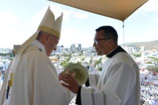 15-Apostolic Journey to Mauritius: Holy Mass
