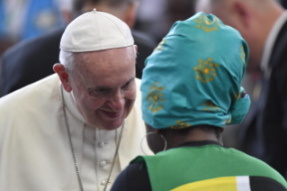 8-Apostolic Journey to Mozambique: Interreligious Meeting with the Young