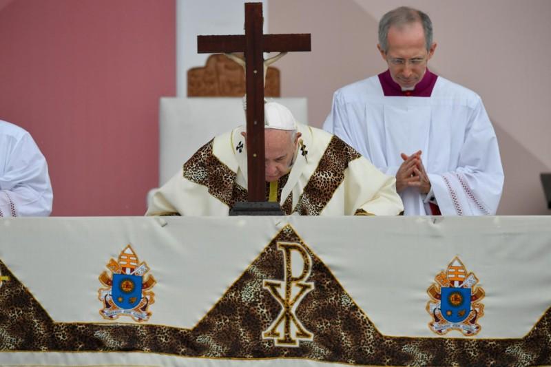El altar de la misa de Maputo
