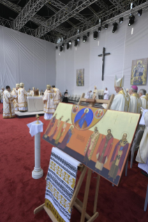21-Apostolic Journey to Romania: Divine Liturgy with the Beatification of 7 Greek-Catholic Martyr bishops