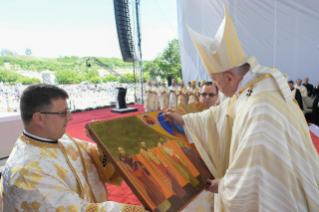 23-Apostolic Journey to Romania: Divine Liturgy with the Beatification of 7 Greek-Catholic Martyr bishops