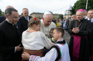 18-Apostolic Journey to Romania: Marian meeting with young people and families