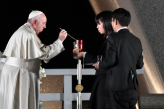 3-Apostolic Journey to Japan: Meeting for peace