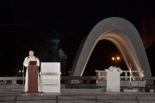 8-Apostolic Journey to Japan: Meeting for peace