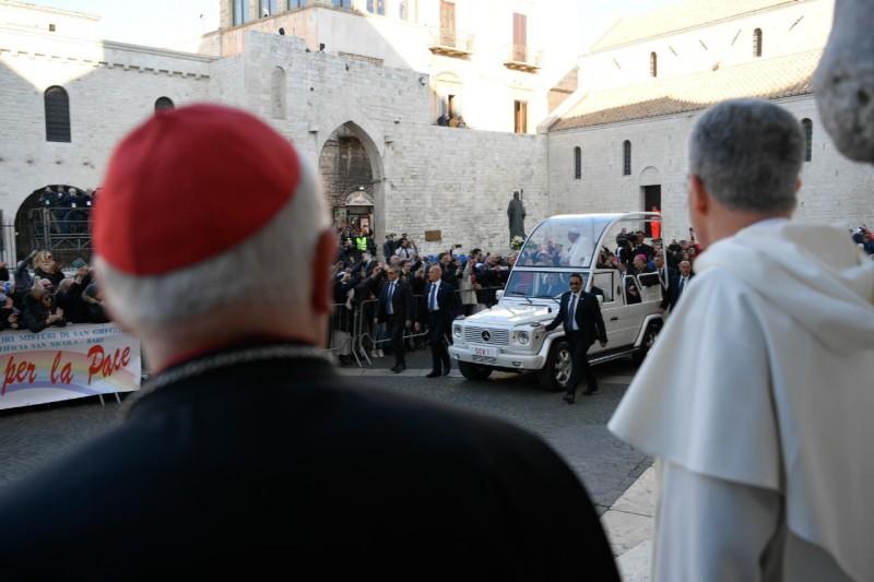 El Papa, en Bari