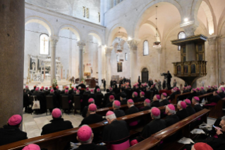 15-Visit to Bari: Meeting with bishops of the Mediterranean