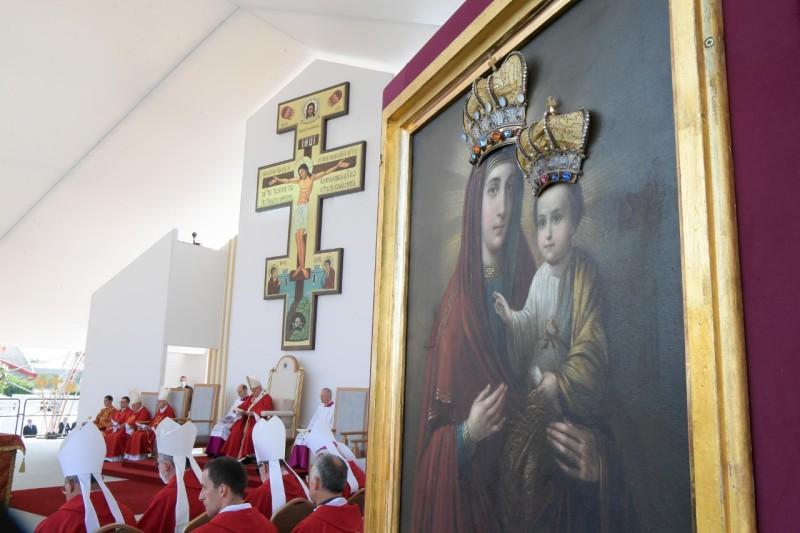 Altar del Papa en Eslovaquia