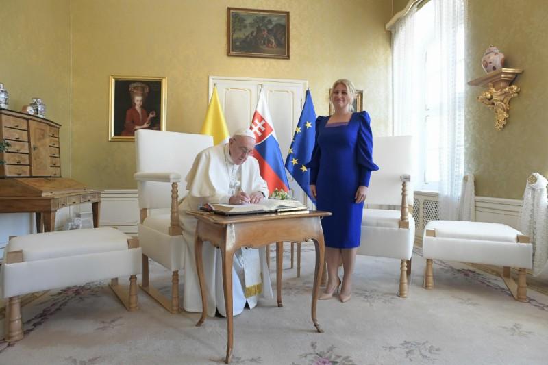 El Papa, con la presidenta de Eslovaquia