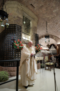 "2-Visit of the Holy Father Francis to Assisi: Holy Mass and signing of the new Encyclical <i>""All Brothers"", on fraternity and social friendship</i>"