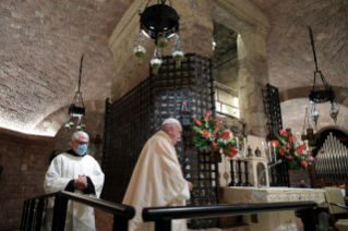 "6-Visit of the Holy Father Francis to Assisi: Holy Mass and signing of the new Encyclical <i>""All Brothers"", on fraternity and social friendship</i>"