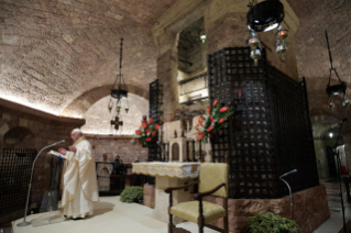 "10-Visit of the Holy Father Francis to Assisi: Holy Mass and signing of the new Encyclical <i>""All Brothers"", on fraternity and social friendship</i>"