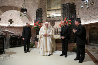 "14-Visit of the Holy Father Francis to Assisi: Holy Mass and signing of the new Encyclical <i>""All Brothers"", on fraternity and social friendship</i>"